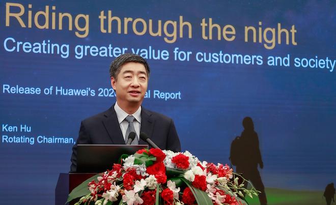 """[Opazili smo] Ken Hu, Huawei: """"Pandemija je digitalizaciji omogočila velik pospešek"""""""