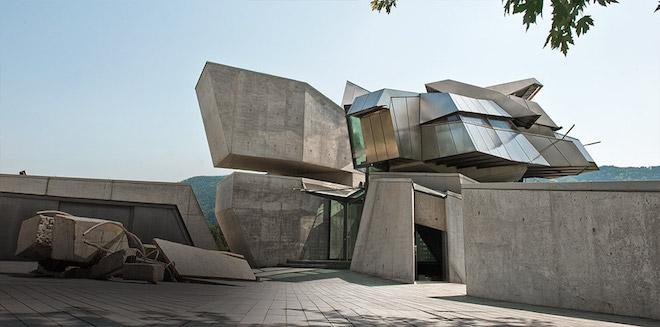 [Komentar] Arhitektura je težnja k nadstrukturi najnovejših družbenih odnosov