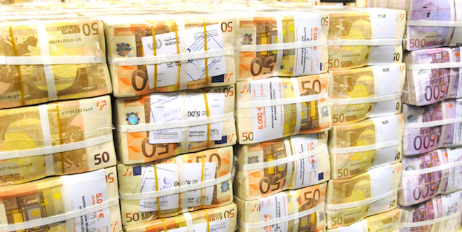 [Razkrivamo] Koliko nas je v resnici stala sanacija bank? Odgovor je 4,5 milijarde evrov