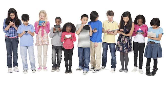 [Komentar] Naši otroci še premalo uporabljajo digitalne naprave